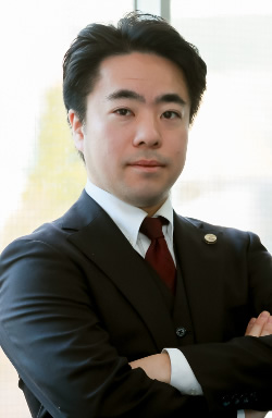 野口弁護士の写真